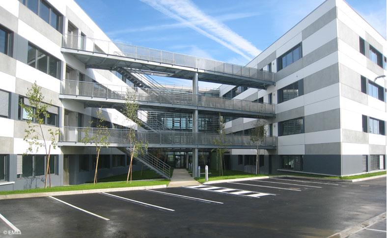 emaa espagno milani architectes immeuble de bureaux aeropark blagnac. Black Bedroom Furniture Sets. Home Design Ideas